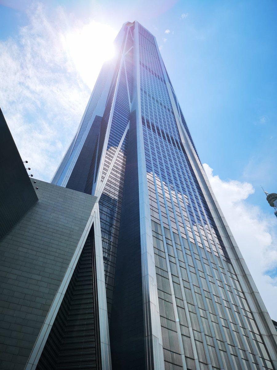 深圳平安国際金融ビルの展望台(541メートル )に行きました